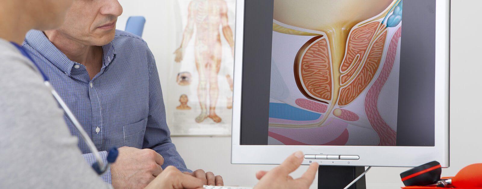 Prostatitis-Patient im Diagnosegespräch mit dem Arzt