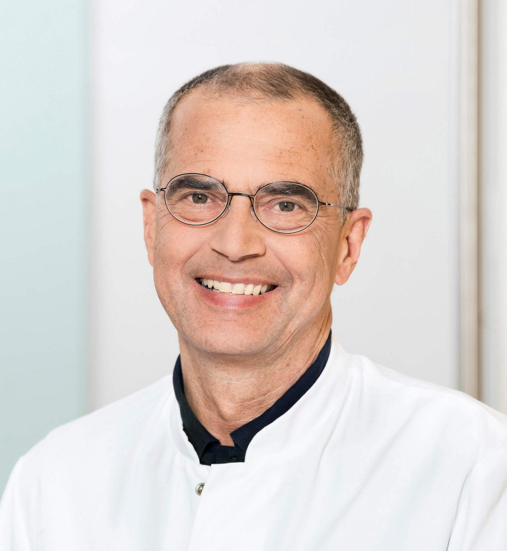 Dr. Uwe Niklas spricht im Interview über Prostatavergrößerung
